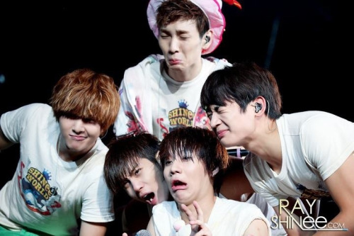 SHINee…sometime we dunt know who they r..they r so so..