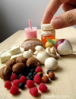 allthesmallthingsminiatures:  1:4 Scale miniature nuts, berries, bread etc by ~Snowfern