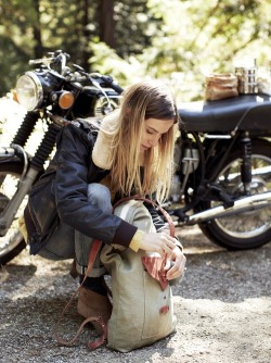 whatagirlshouldwear:  Motorcycle chic.