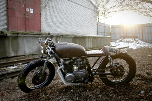 beethovensteaparty:  Rafal Rodents Honda CB550