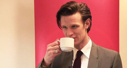 sexy-people-drinking-tea:  Matt Smith