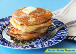 sweatsalty:  Guiltless Breakfast: Protein-Packed Pancakes from here. Ingredients: 1 scoop whey protein (I used vanilla flavor) 1 cup raw oats 3 egg whites 1 ¼ cup water 1 banana 2 drops vanilla extract 1 ½ tsp baking powder 2 packets sweetener Calories: around 140 per serving (serves 4)  Mix all ingredients into a blender for about 30 seconds until smooth. Pour batter into a non-stick skillet and cook till golden brown on both sides.