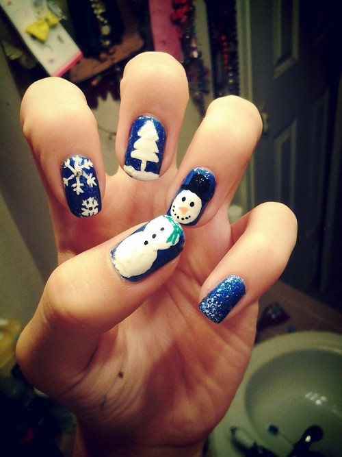 i-love-your-nails:  Love Christmas time :)