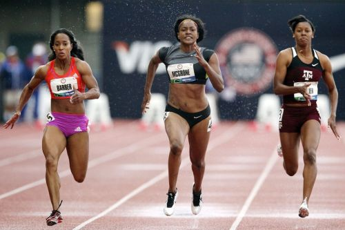 athleticsistas:  Me'Lisa Barber, Candyce McGrone, Ashley Collier