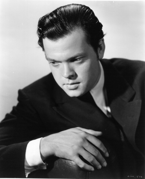 "the-dark-city:  Happy Birthday, Orson Welles, (May 6th, 1915 - October 10th, 1985)  ""A film is never really good unless the camera is an eye in the head of a poet."""