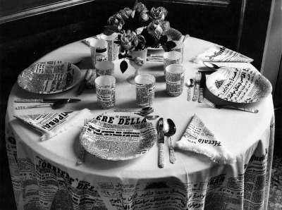#piero_fornasetti, #italian_design, #zeitung, #1950s, #fifties, #black_and_white, #breakfast, #porcelain, #decoration, #styling, #paper