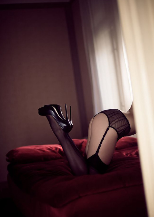 No Clothes on Just Sexy Stockings via Tumblr Blog nude-in-stockings