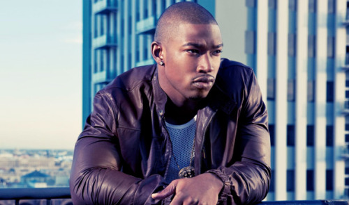 Kevin McCall - Bentley Truck ft. Trae Tha Truth Kevin McCall comes through with this self-produced track featuring Trae Tha Truth. The 2 Chainz sample makes this song go.   Previous: Kevin McCall - Shotgun