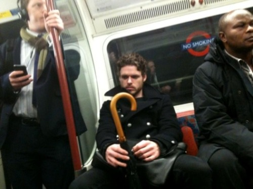 Oh snap, it's the King in the North aka Robb Stark aka Richard Madden aka brooding hottie. I'm so here for this.