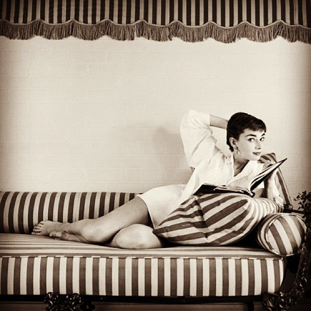#audreyhepburn #audreyeverlasting #amazing #babe #beauty #beautiful #classy #classic #fashion #glamour #gorgeous #hair #hollywood #instalove #love #makeup #oldhollywood #pretty #rare #style #tumblr #vintage