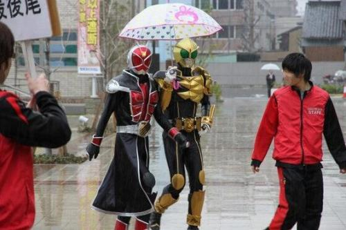 kairusumizu:   I think this has become my favourite Kamen Rider photo.