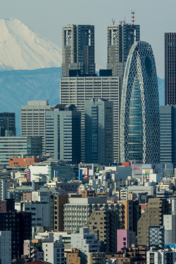 evysinspirations:  dreams-of-japan:  Shinjuku skyscrapers by shinichiro* on Flickr.  Tokyo, Japan
