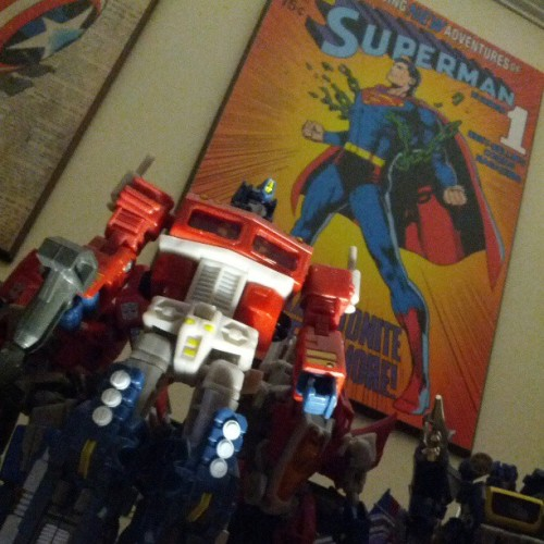 #optimusprime #superman #actionfigure #transformers