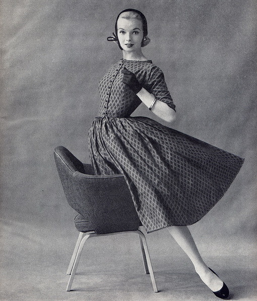 theniftyfifties:  1955 dress fashion.