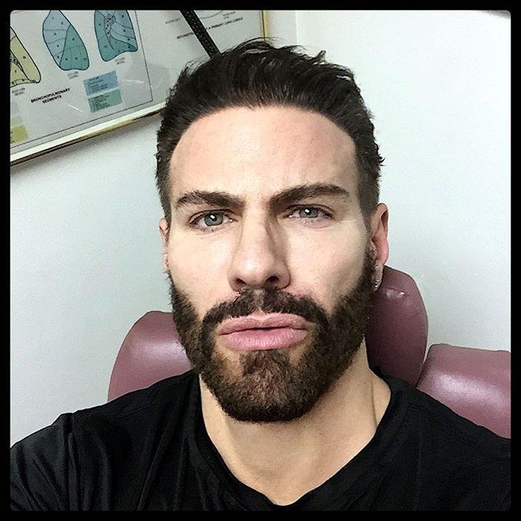 2019-01-15 13:22:37 - gregorynalbone douchey at the doctor ent beardburnme http://www.neofic.com