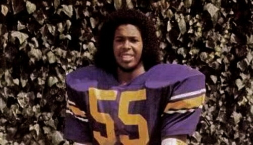 sunsetgun:  Suge Knight when he played for the Los Angeles Rams during the 1987 NFL players' strike. He played two games.