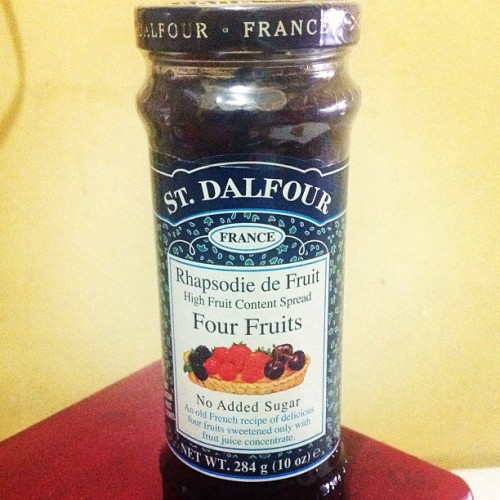 Breakfast!!! #stdalfour #fruits #preserve #jam (at Cabiling Residences)