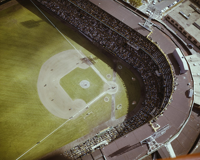 A aerial view of Comiskey Park during the 1959 World Series between the White Sox and the Dodgers. (AP Photo)