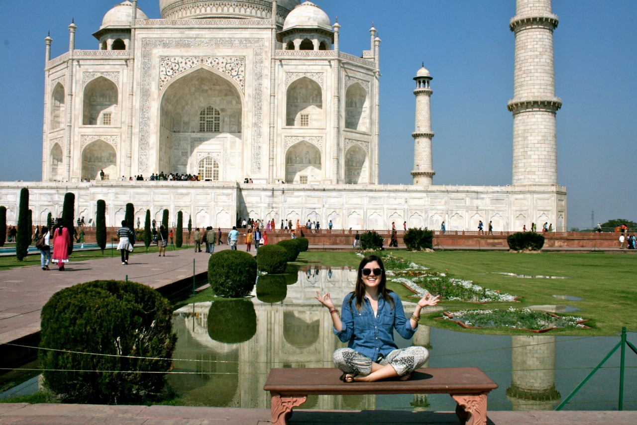 casually reaching enlightenment in front of the taj