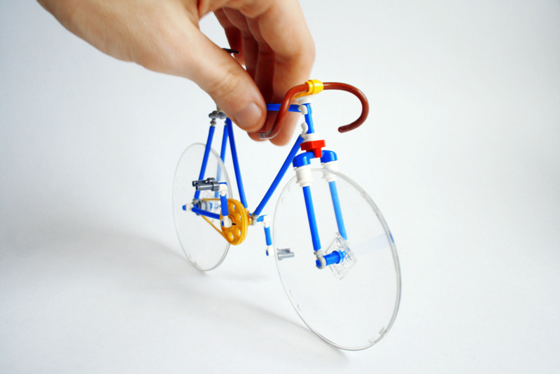 Lego Bicycle (by Silvavasil_LEGO) via mattsbrickgallery