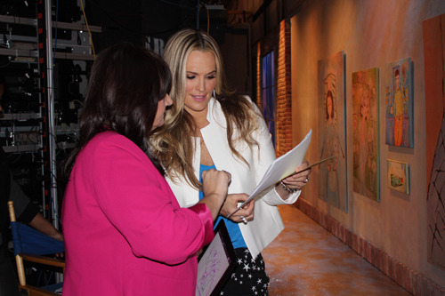 Today's co-host Molly Sims and Tree Reading Expert Mary backstage talking about what Molly's tree drawing reveals about her.
