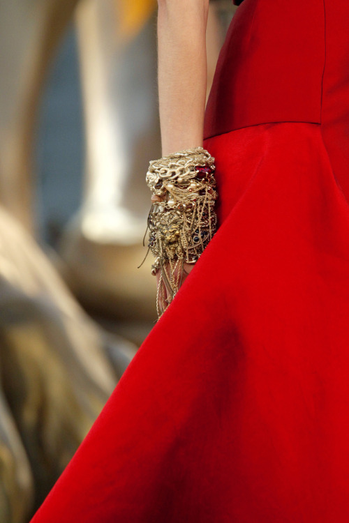 webelieveinstyle:  Chanel Couture F/W 2010
