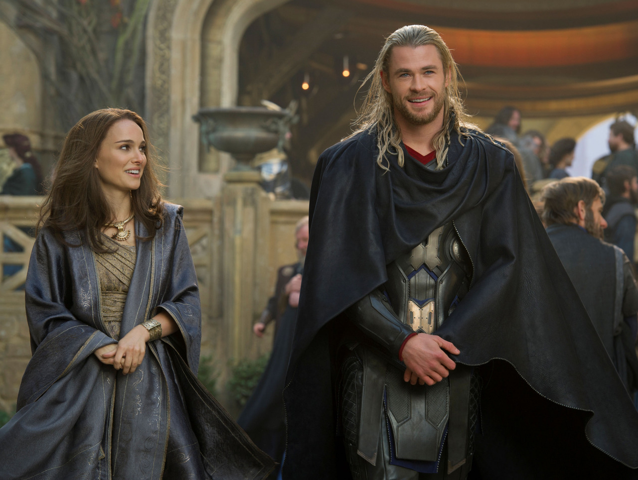as Jane in Thor 2: The Dark World (2013)