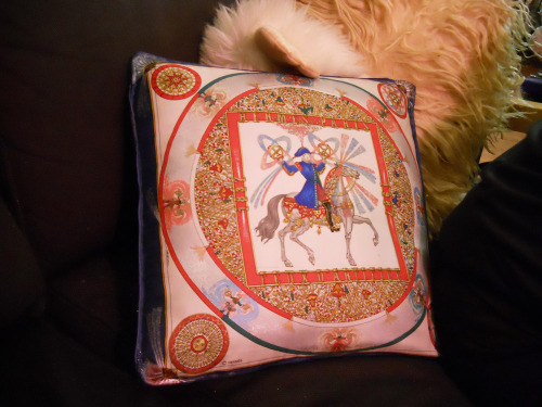 Frieda's Handmade-Handsewn-DIY Hermes Scarf Pillows
