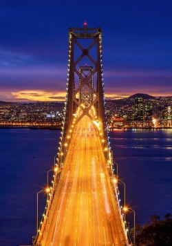 travelingcolors:   Bay Bridge, San Francisco | California (by Pete Piriya)