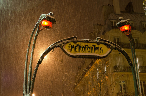 Sous la neige, Paris on Flickr.