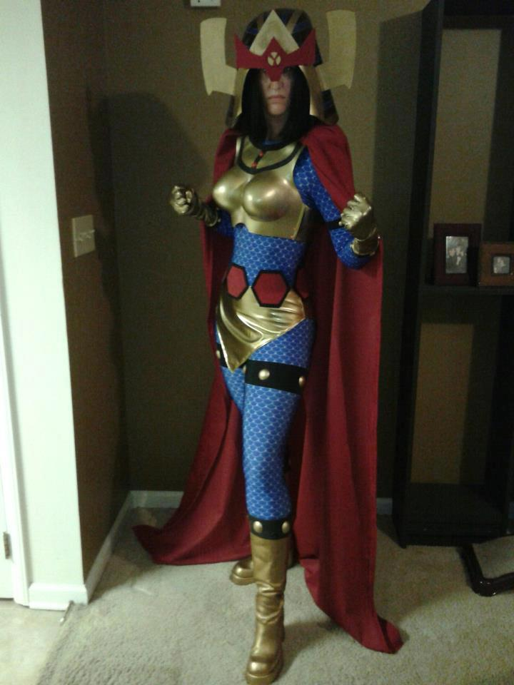 If you've ever wanted to see my Big Barda in person, then join me at Acme Comics in Greensboro, NC this Saturday between 11am - 3pm as I geek out/fan girl/make a beast of myself over the fact that Gail Simone will be signing!