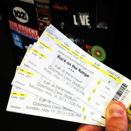 "Well, look what we have here… 2 tickets to all 3 days of @rockontherange. Email ""I Wanna Rock!"" to contest@promowestlive.com for a chance to win them!"