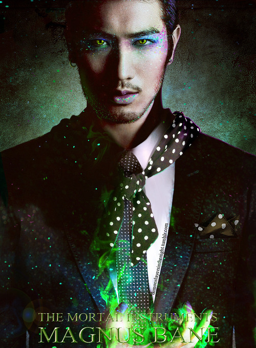 misspandora-j:  MAGNUS!!!!! Tumblr on We Heart It. http://weheartit.com/entry/56794073/via/lovelessoul  Nadie se ve tan hermoso con tantos brillos como Magnus