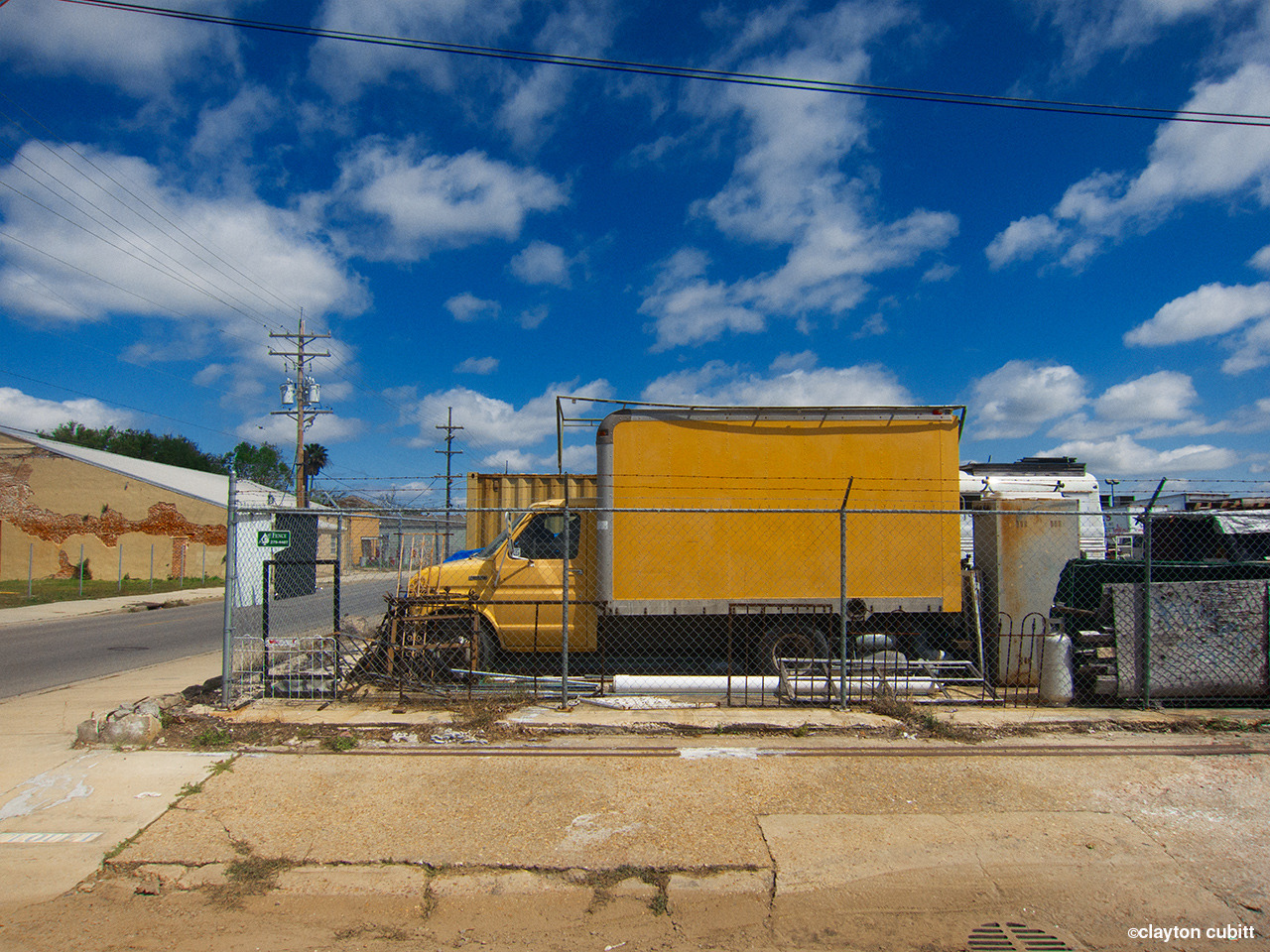 Yellow box truck, Bywater, New Orleans  (0755)