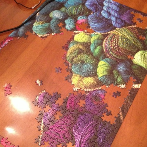 yarnobsession:  #yarn puzzle almost done!