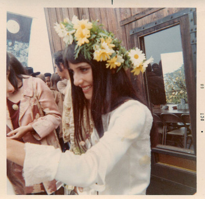 ladiesofthe60s:  Mimi Fariña at her wedding, 1968.