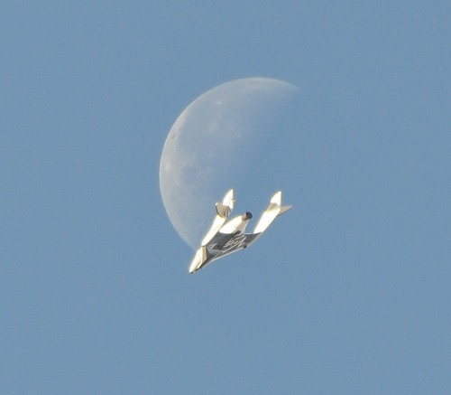 This unbelievable image of Virgin Galactic's SpaceShipTwo is 100% real The company has been conducting test flights (technically test glides – the ship has yet to be piloted with engines engaged) of its suborbital passenger ship SpaceShipTwo for close to two years now, and photos of the trial runs have been, generally speaking, pretty picturesque. But the photo up top, taken last week during SpaceShipTwo's 24th flawless drop test, puts every last one of them to shame.