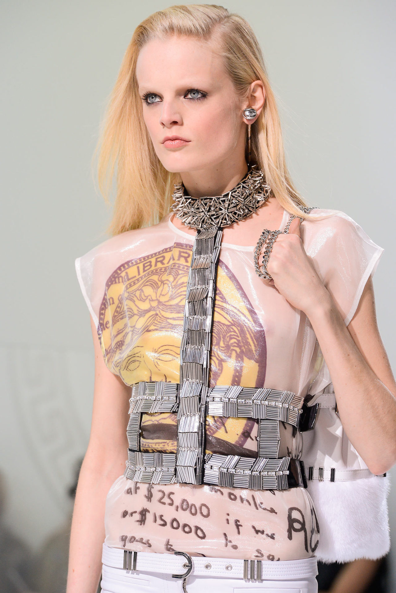 Detail of Versace Look No. 37
