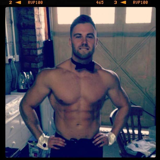 This #hunk deserves a follow - @maxsean1 @maxsean1 @maxsean1 #butlerinthebuff #shirtless #muscle #pecs #abs #shredded #sexy #fitbufflads