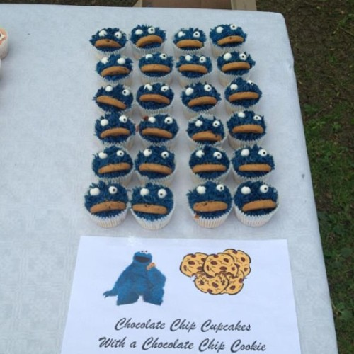 #CookieMonster #Cupcakes!💙🍪.   For orders please call 07966406400 or email info@acupfull.co.uk  All prices and sizes on the website www.acupfull.co.uk   #cake #baking #yum #yummy #ACupFull #food #Foodporn #instafood #sweet #handmade #homemade #creative #iwant #instadaily #instagood #love #photooftheday #follow #wow #amazing #dessert #birthday #birthdaycake #beautiful #igers #cookie  (at A Cup Full HQ)