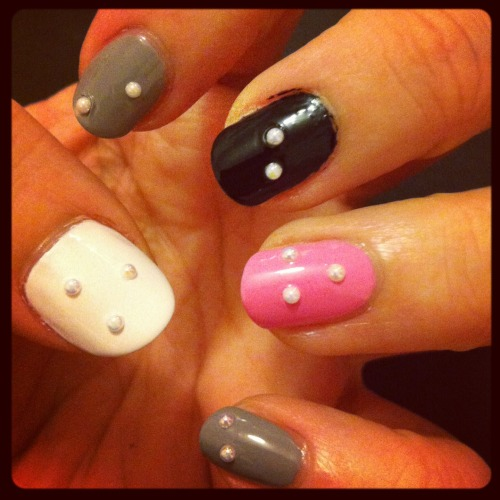 White, Pink, Grey & Black Domino Manicure …