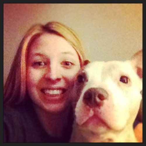 Best buddies 😁😘😍🐶 #shelovesme #puppy #pitbull #bestfriend #love