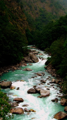 freddie-photography:  River Valley - Nepal