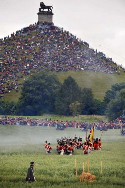 beautiful-belgium:  Waterloo, BelgiumA re-enactment of the famous battle occurs annually.http://www.belgiumtheplaceto.be/2012-waterloo.php