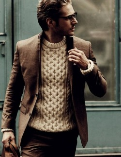 Simple neutrals with a stand-out chunky knit