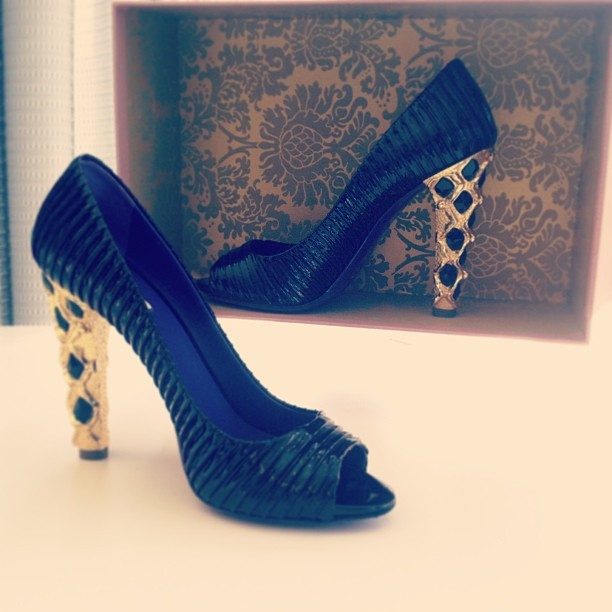 #miumiu #heels anyone?! On auction now @shopedropoff!