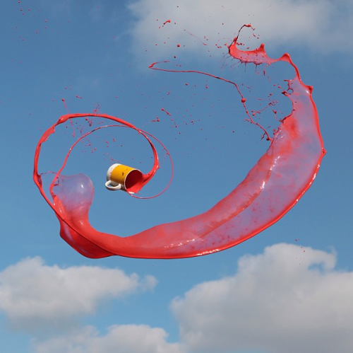 laughingsquid:  High Speed Photos of Flying Liquids by Manon Wethly       (via TumbleOn)