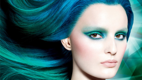 sephora:  POWER UP WITH EMERALD, THE COLOR OF THE YEAR SHOP THE EXCLUSIVE SEPHORA + PANTONE UNIVERSE COLOR OF THE YEAR COLLECTION HERE ▸