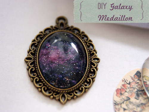 DIY Easy Galaxy Pendant Tutorial from Grinsebacke here. Really easy tutorial using an online image and nail polish. I used Chrome to automatically translate from German to English, but the photos are really good enough. *For more galaxy projects, including a link to copyright free NASA Galaxy Photos go here: truebluemeandyou.tumblr.com/tagged/galaxy