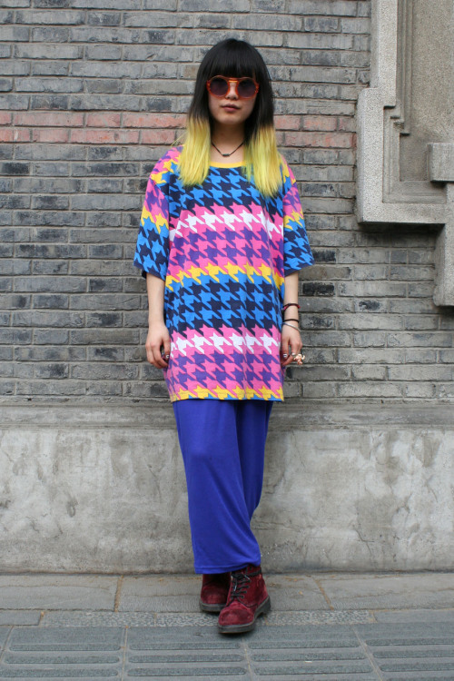 Subscribers click here for our uncut street shot gallery from Shanghai Fashion Week